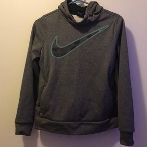 grey nike pull over